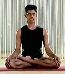 Шиткари Пранаяма – Дыхание с согнутым языком